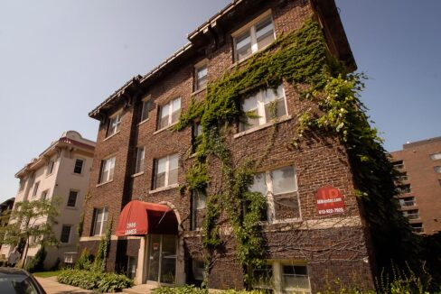 Innovative-Properties-2886 James Ave S-01