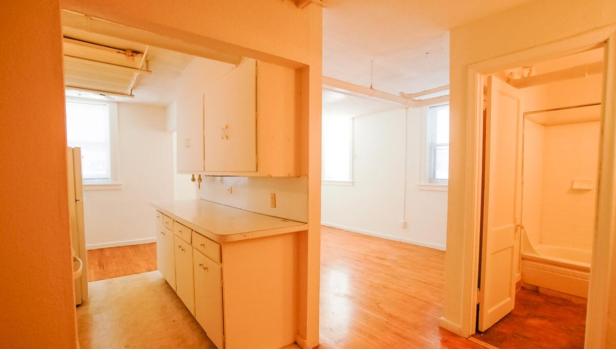 Minneapolis Apartment for Rent 2886 James Ave S