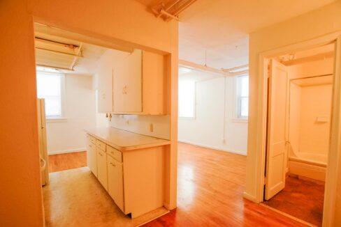 Innovative-Properties-2886 James Ave S B2-01