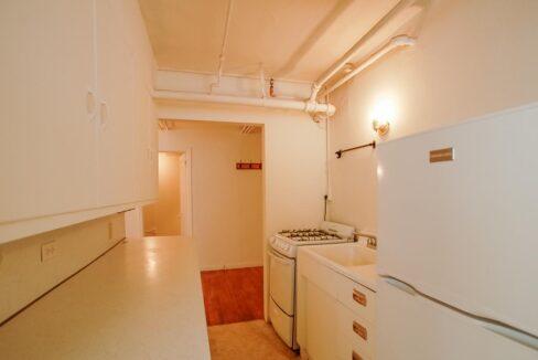 Innovative-Properties-2886 James Ave S B2-03