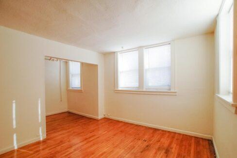 Innovative-Properties-2886 James Ave S B2-05