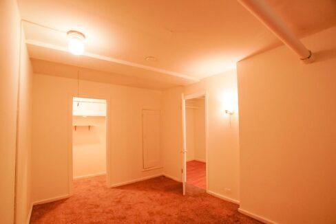 Innovative-Properties-2886 James Ave S B2-10
