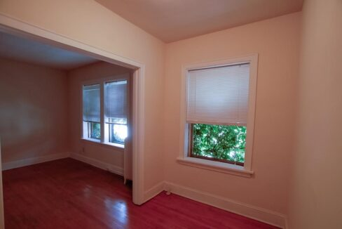 Innovative-Properties-2886 James Ave S Studio 305-08