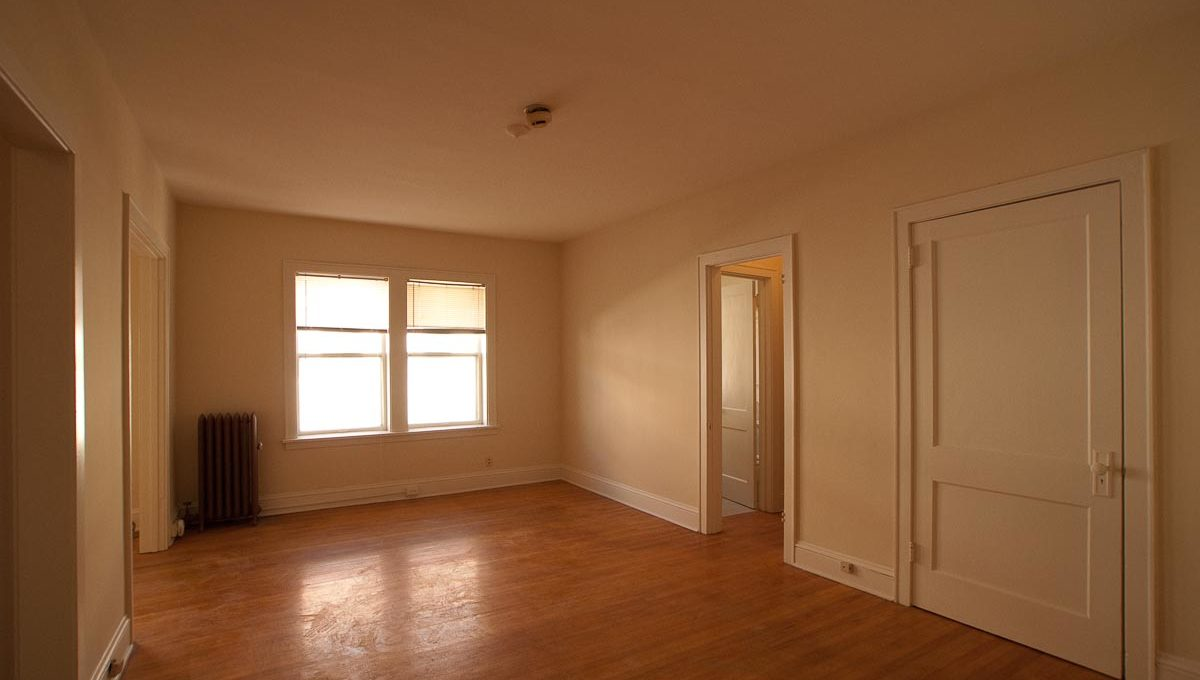 Minneapolis Apartment for Rent 2886 James Ave South