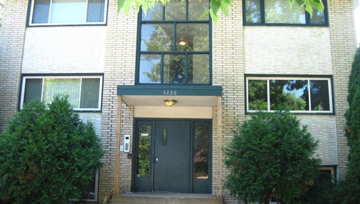 Minneapolis Apartment for Rent 3226 Minnehaha Avenue South