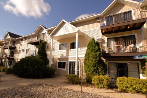 Innovative-Properties-10303 Hanson Boulevard Coon Rapids-01