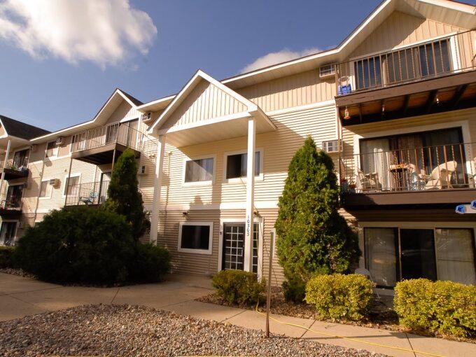 Minneapolis Apartment for Rent 10303 Hanson Boulevard Coon Rapids