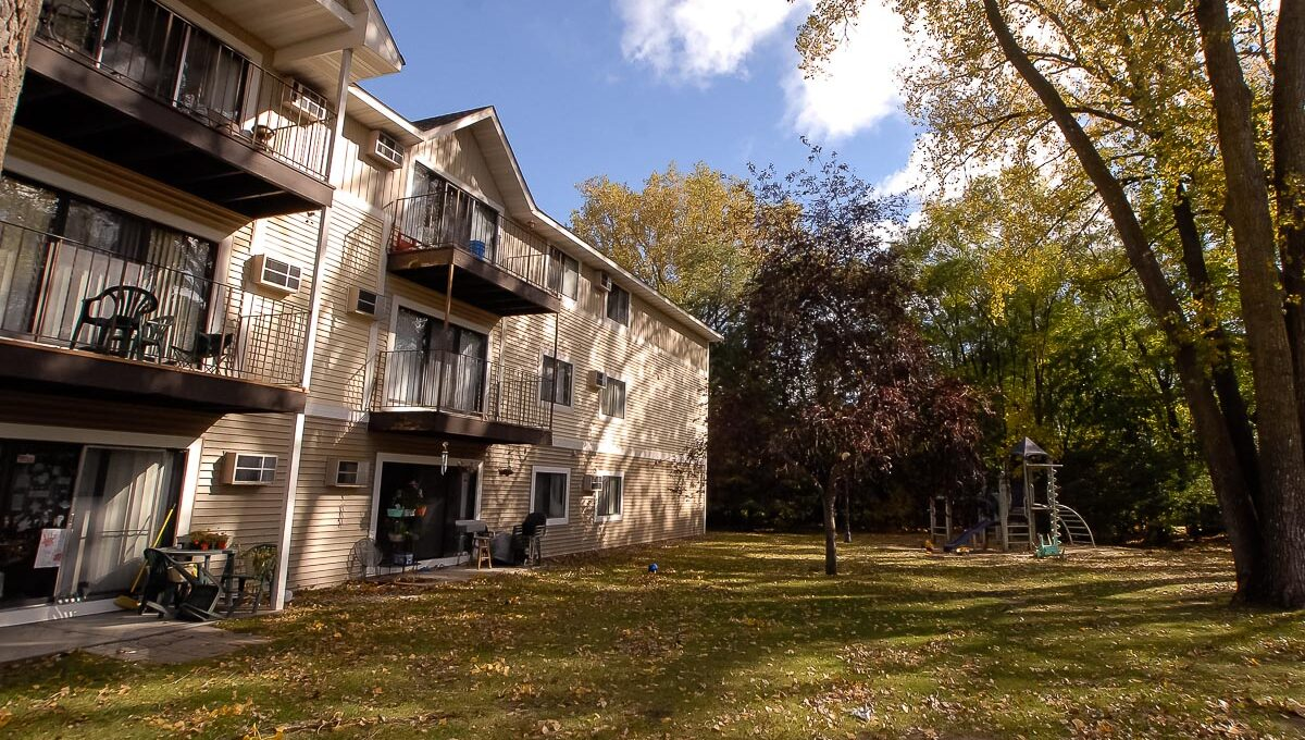 Innovative-Properties-10303 Hanson Boulevard Coon Rapids-03