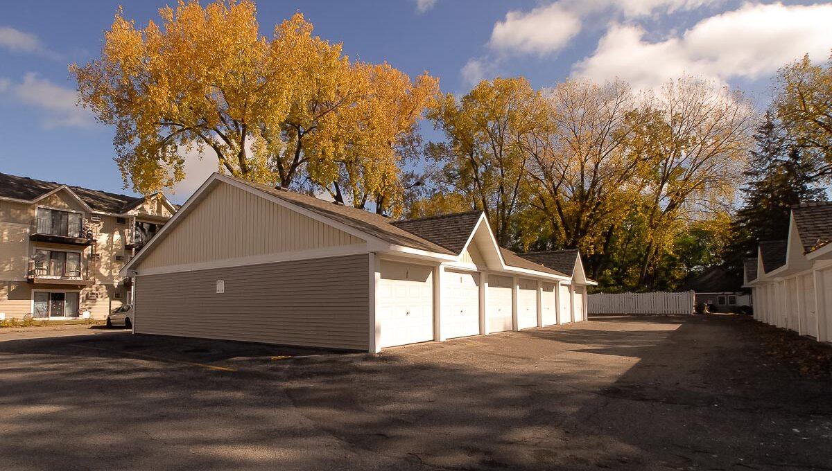 Innovative-Properties-10303 Hanson Boulevard Coon Rapids-05