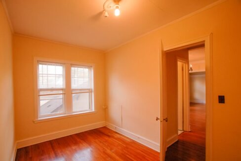 Innovative-Properties-3242 Girard Ave S - Apt 203-24