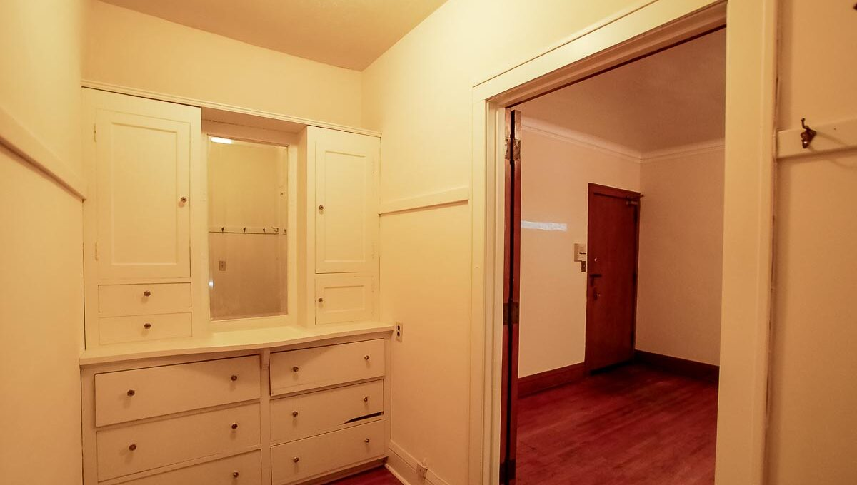 Innovative-Properties-3521 Pleasant Ave S, Minneapolis-10-16