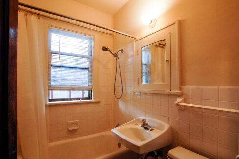 Innovative-Properties-3521 Pleasant Ave S, Minneapolis-10-17