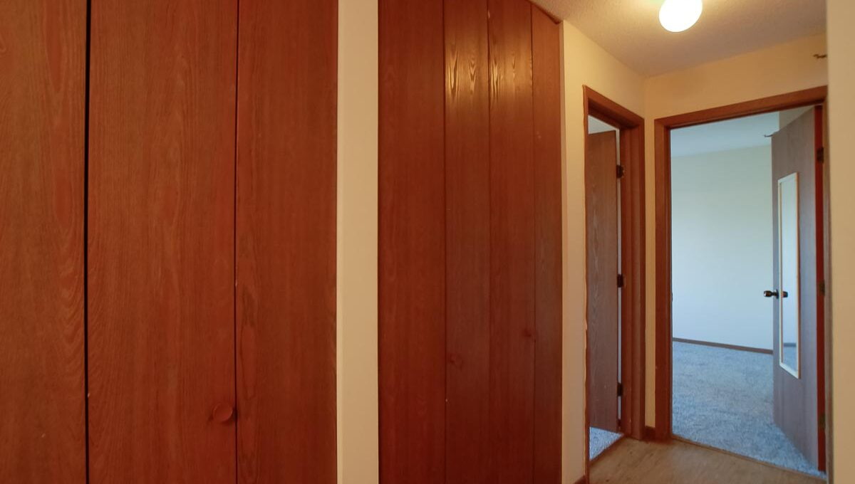 Minneapolis-Apartment-for-Rent-10303 Hanson Blvd NW Coon Rapids-05