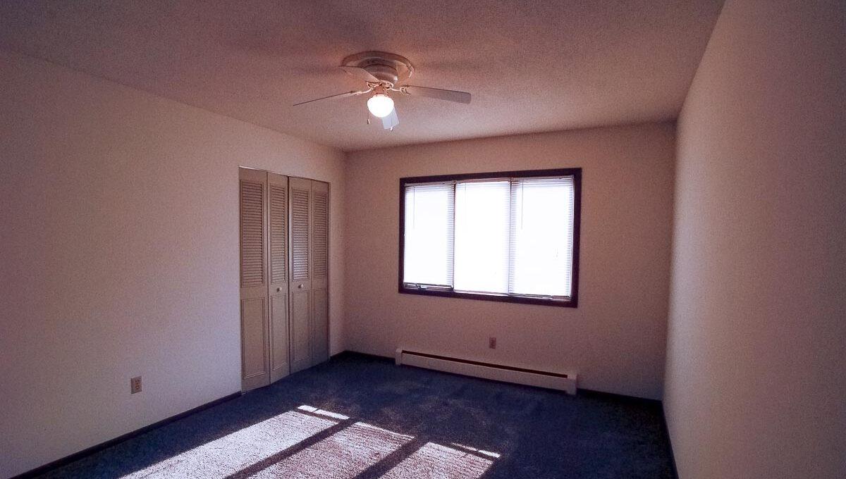 Minneapolis-Apartment-for-Rent-3554 17th Ave S MInneapolis MN-13