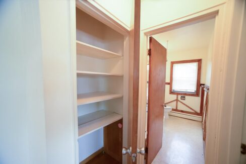 Innovative-Properties-2111 2nd Ave S, Minneapolis, MN Apt 202-10