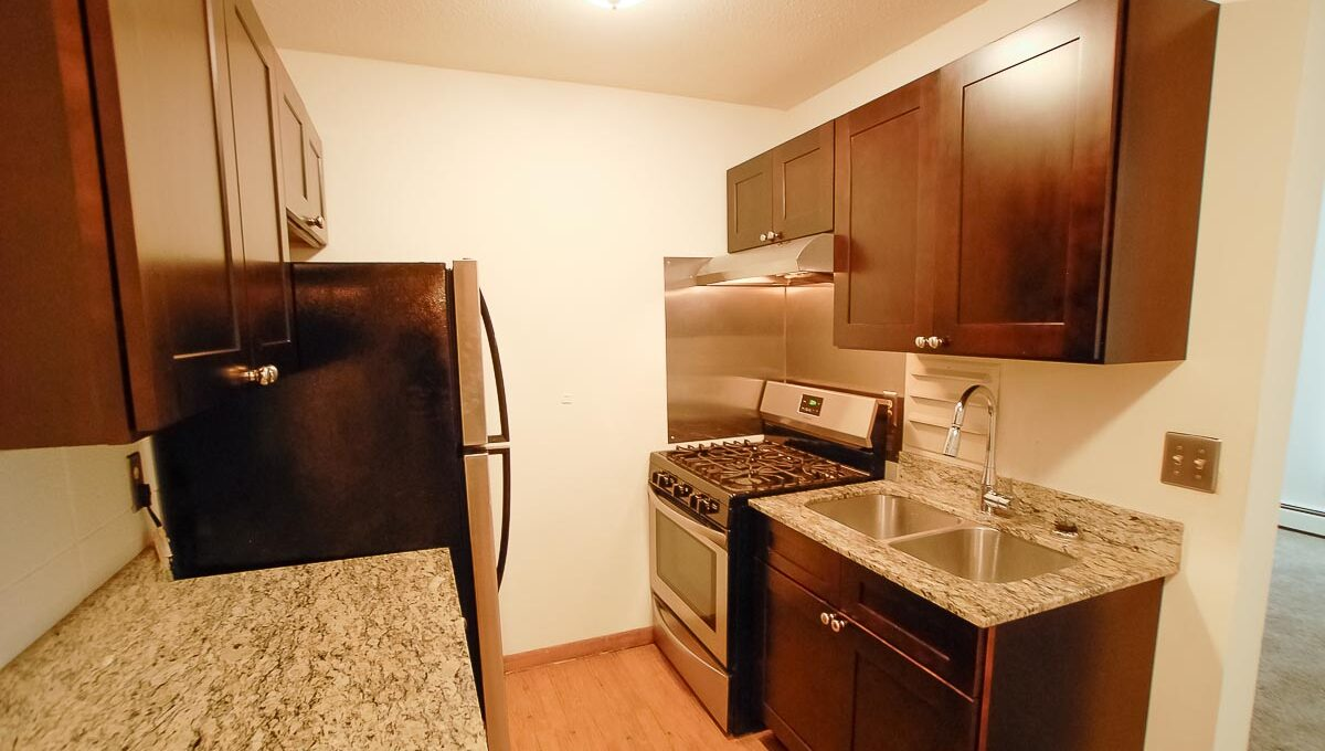 Innovative-Properties-2200 Pillsbury Avenue S 208-20