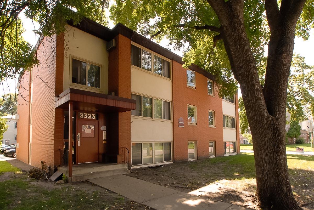 2323 Garfield Avenue South