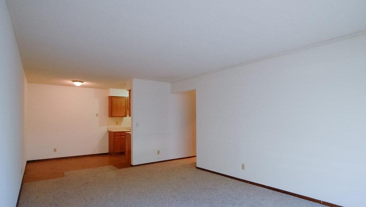 Innovative-Properties-2930 33rd Ave - Apt 108-09
