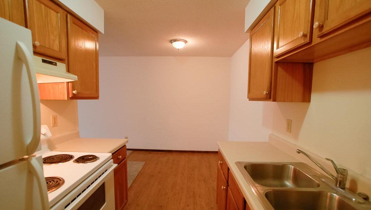 Innovative-Properties-2930 33rd Ave - Apt 108-13