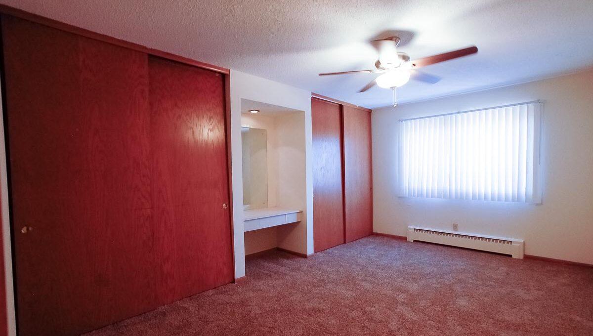 Innovative-Properties-3408 Grand Ave S 301-32