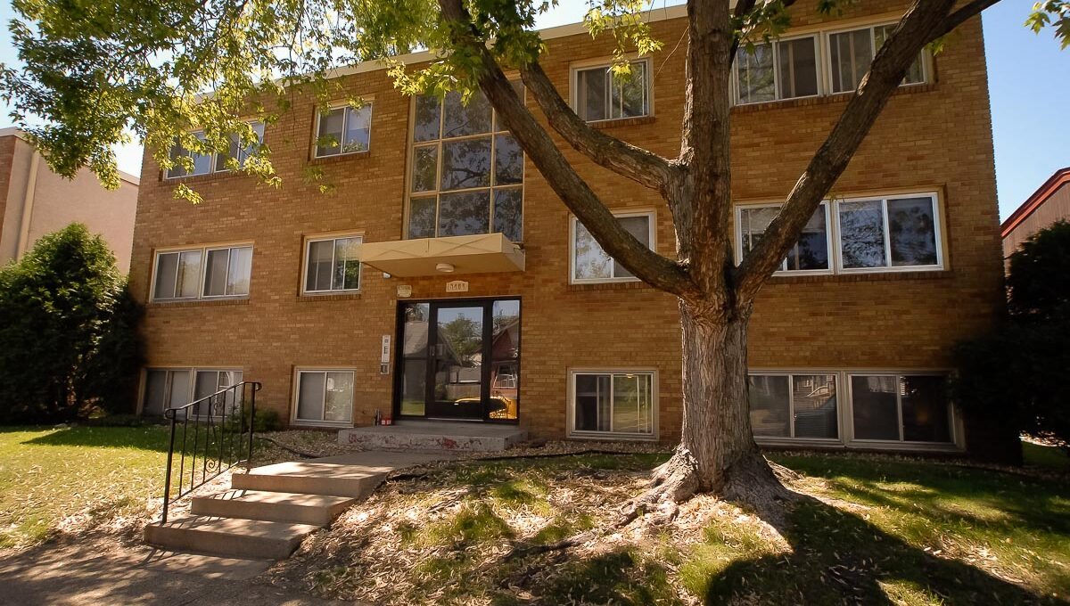 Innovative-Properties-3408 Grand Ave S-34