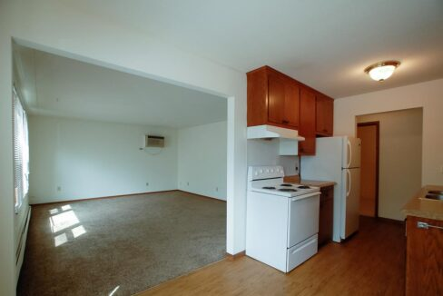 Innovative-Properties-3414 Minnehaha 8-08
