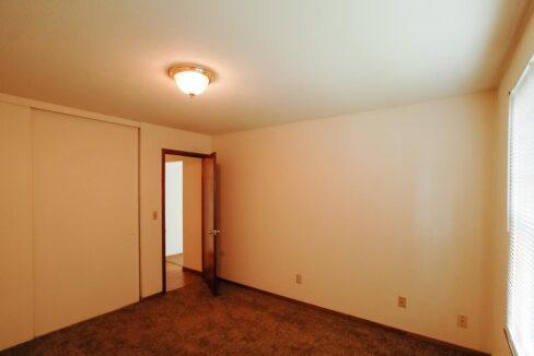 Innovative-Properties-3414 Minnehaha 8-11