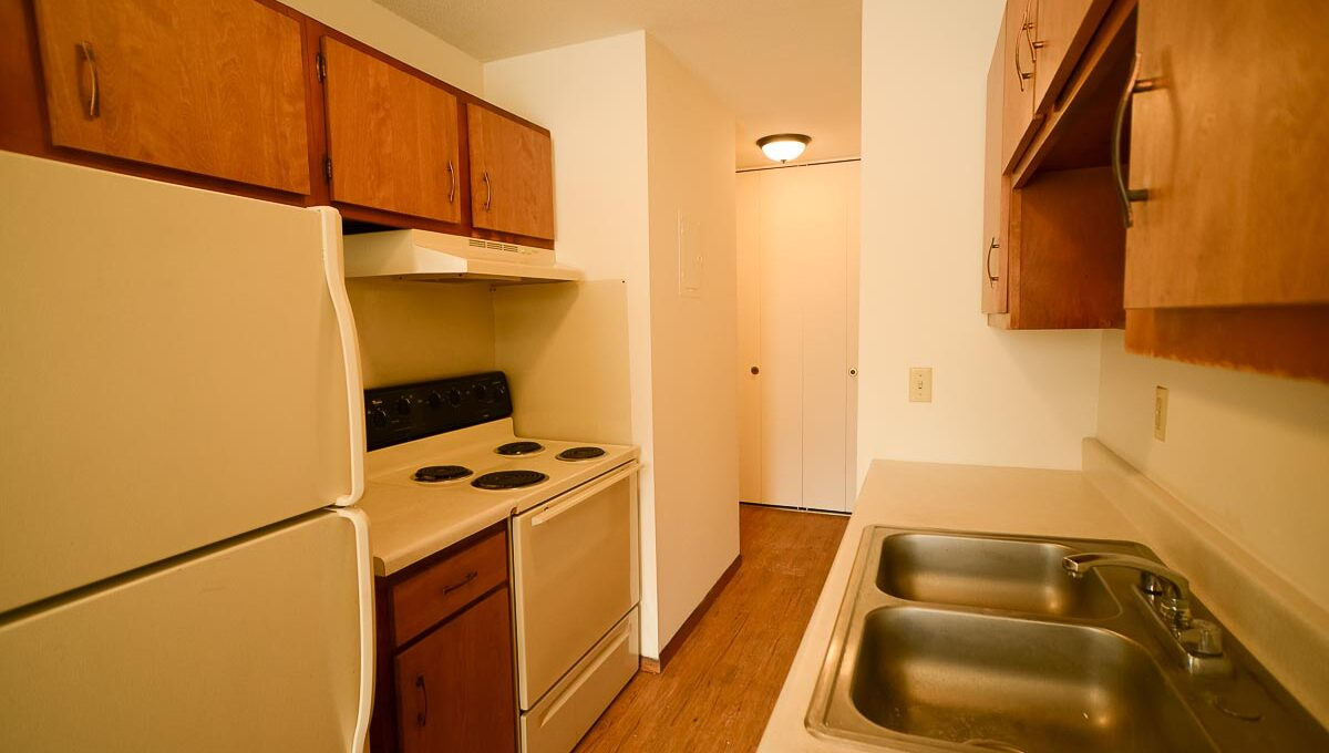 Innovative-Properties-3449 Harriet Ave Apt 201-12