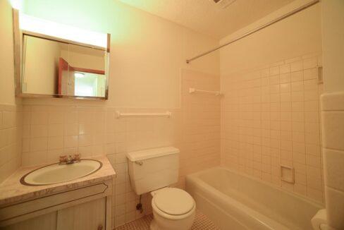Innovative-Properties-3449 Harriet Ave Apt 201-16