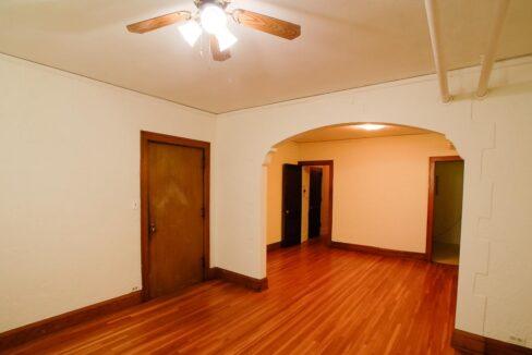 Innovative-Properties-3749 Grand Avenue South Apt 9-03