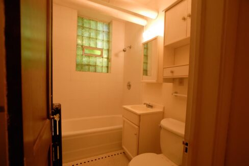 Minneapolis Apartment for Rent 3749 Grand Avenue South