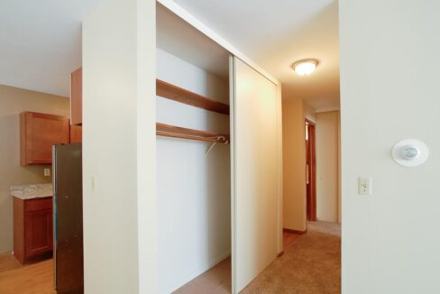 Innovative-Properties-3845 Bryant Ave S 102-03