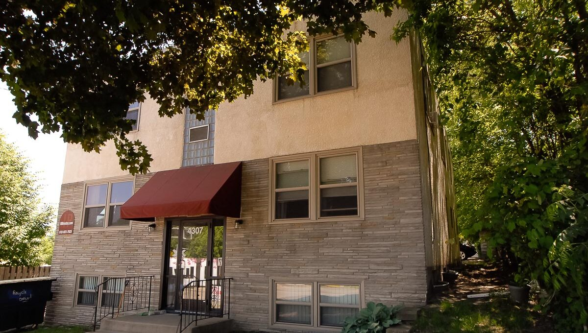 Apartments for Rent in Minneapolis 4307 E 50th Street