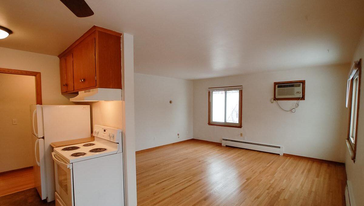 Innovative-Properties-4330 Minnehaha Ave-8-05