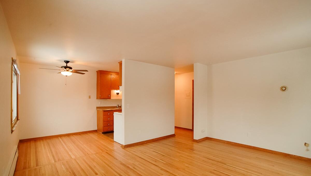 Innovative-Properties-4330 Minnehaha Ave-8-06