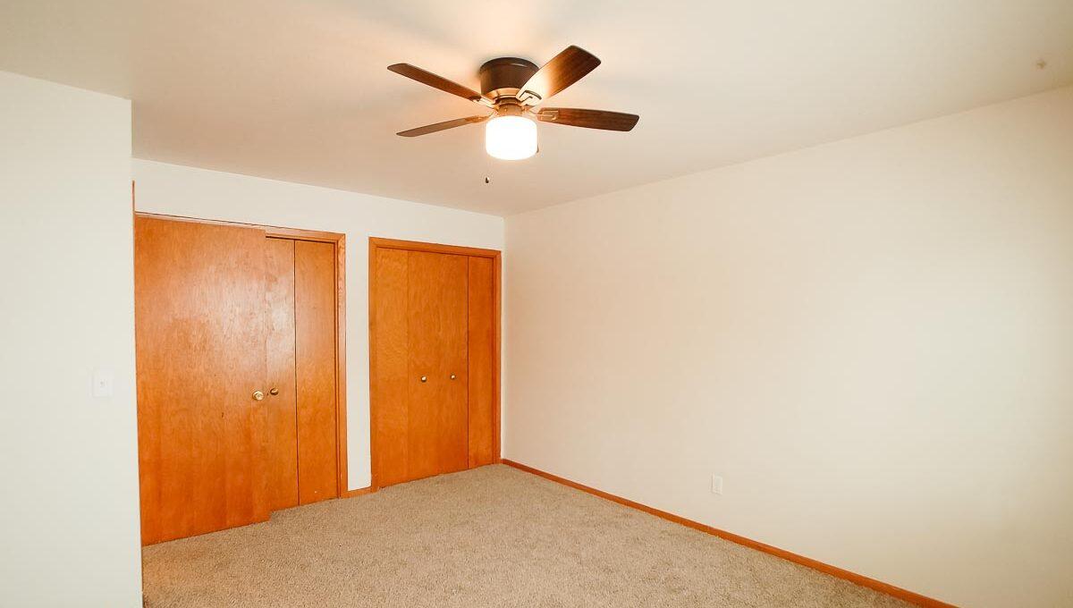 Innovative-Properties-4330 Minnehaha Ave-8-08