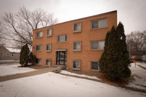 Innovative-Properties-4348 Cedar Ave S-28