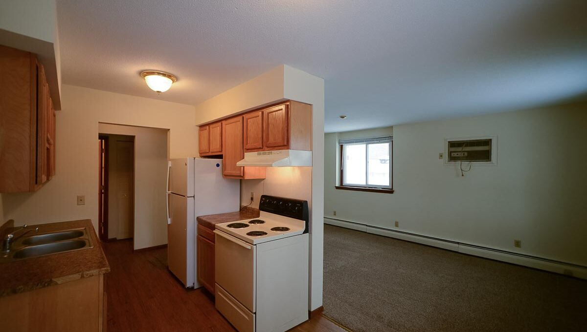 Innovative-Properties-8000-36th-Apt6-27