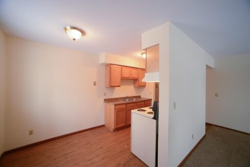 Innovative-Properties-8000-36th-Apt6-28