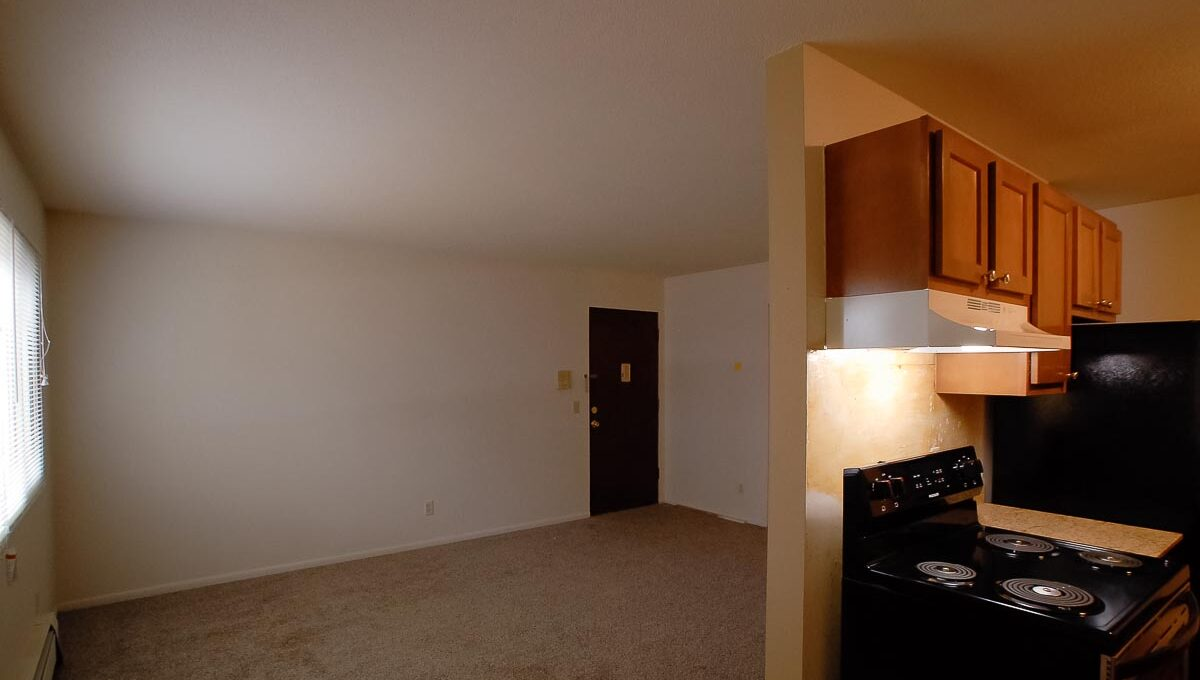 Minneapolis Apartment for Rent 9210 Golden Valley Road