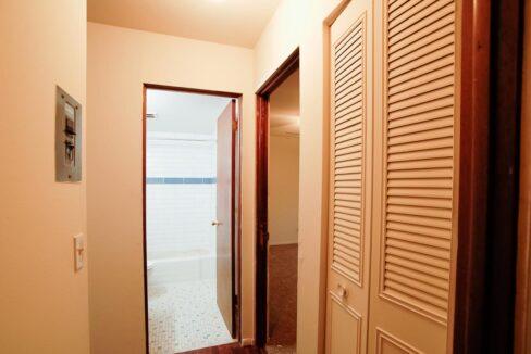 Innovative-Properties-9210 Golden Valley Road Apt6-08