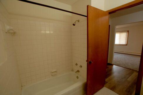 Minneapolis-Apartment-for-Rent-3025 30th Ave MInneapolis MN-02