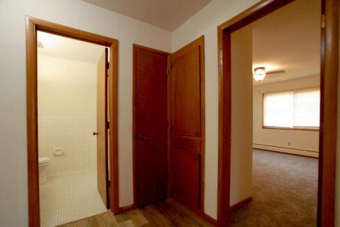 Minneapolis-Apartment-for-Rent-3025 30th Ave MInneapolis MN-03