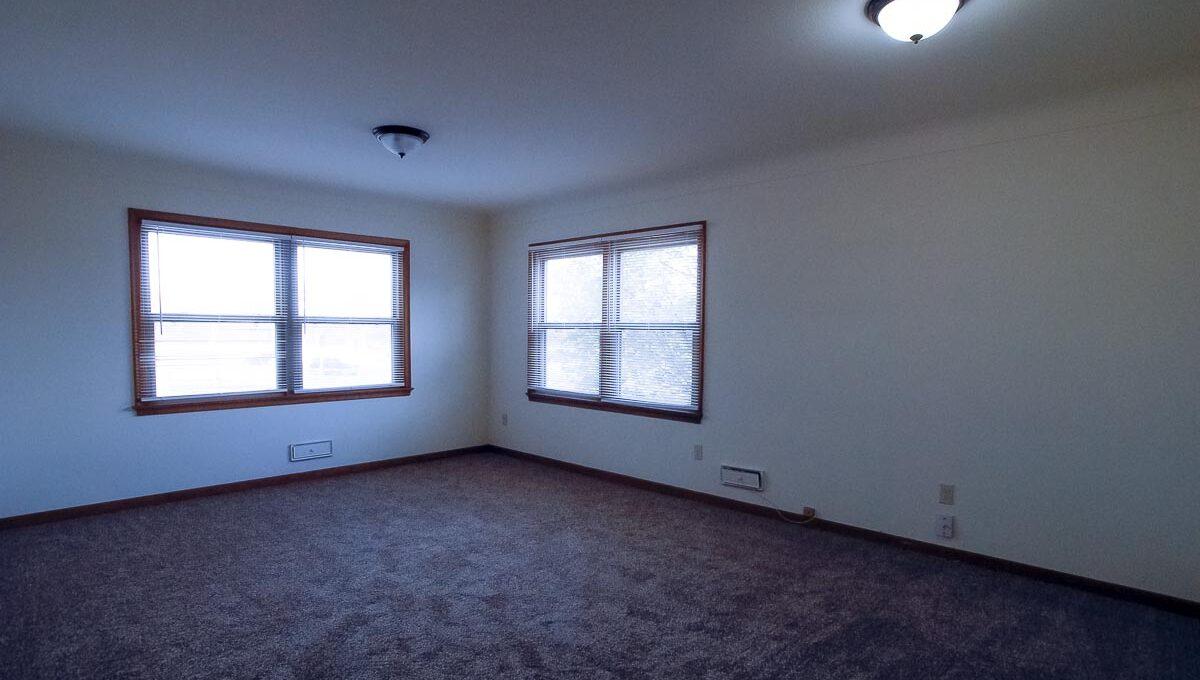 Minneapolis-Apartment-for-Rent-4307 E 50th Street Minneapolis MN-01