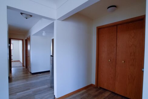 Minneapolis-Apartment-for-Rent-4307 E 50th Street Minneapolis MN-02