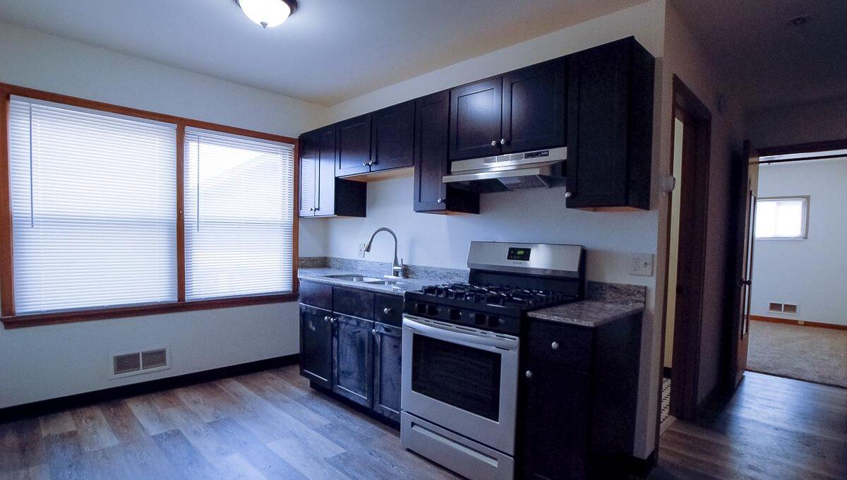 Minneapolis-Apartment-for-Rent-4307 E 50th Street Minneapolis MN-03