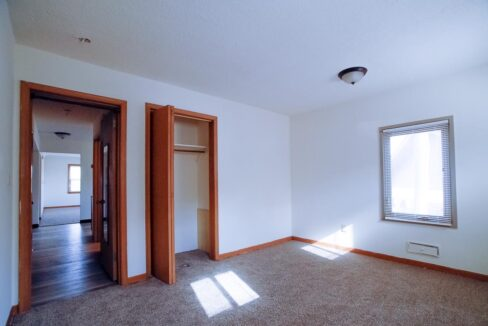 Minneapolis-Apartment-for-Rent-4307 E 50th Street Minneapolis MN