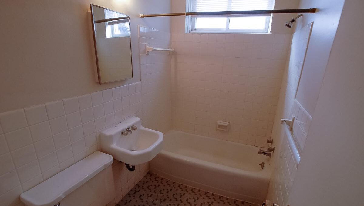 Minneapolis-Apartment-for-Rent-901 E 66th Street Minneapolis MN-29