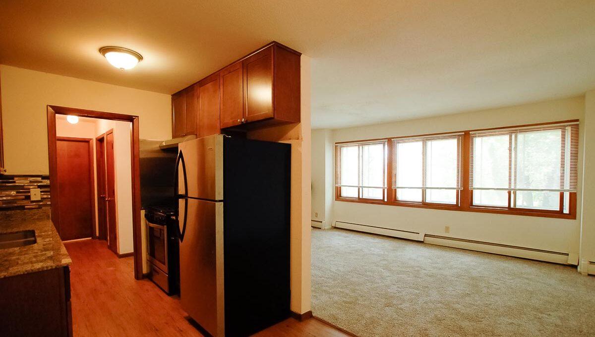 Innovative-Properties-6733 Cedar Ave 203-02