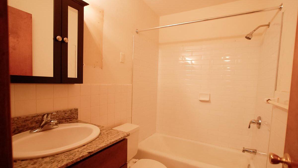 Innovative-Properties-6733 Cedar Ave 203-05